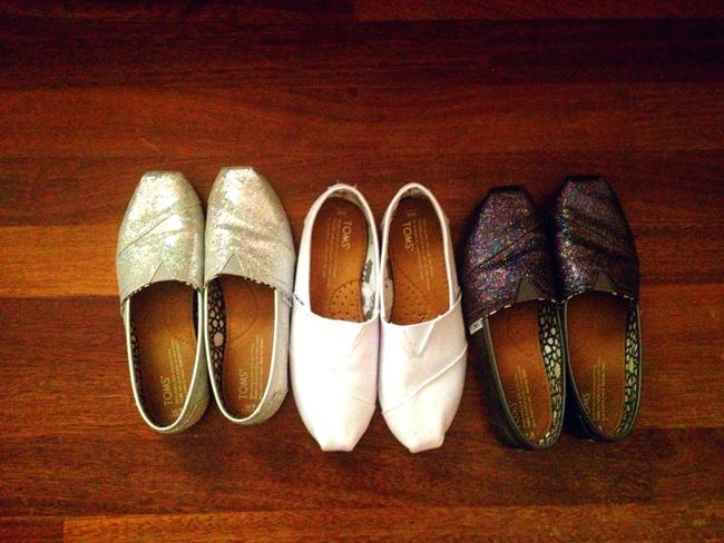 Αποτέλεσμα εικόνας για Το τρίτο ζευγάρι παπούτσια: