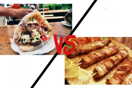 Crash test: Γύρος vs καλαμάκι χοιρινό!
