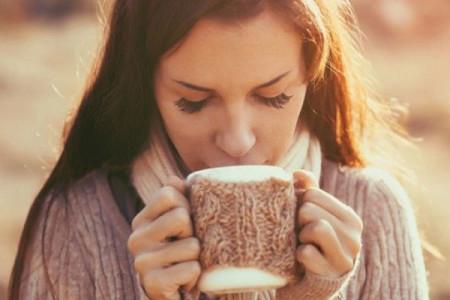 6 ροφήματα που θα σου φτιάξουν τη διάθεση!