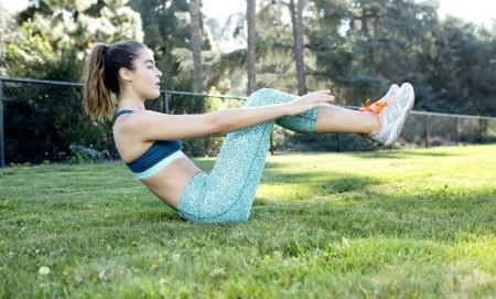 Γύμνασε τους κοιλιακούς σου με 3 δύσκολες αλλά αποτελεσματικές ασκήσεις!