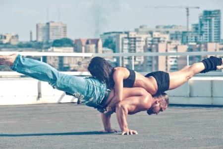 Γυμναστική για ζευγάρια: Κάντε την μαζί και ελάτε πιο κοντά!