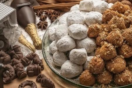 Αποκλειστικό: Ο Τάσος Παπαλαζάρου σου συστήνει ποια χριστουγεννιάτικα γλυκά πρέπει να φας και ποια όχι!