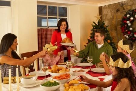 Αυτές τις τροφές πρέπει να φας για να καταπολεμήσεις το φούσκωμα από το φαγοπότι!