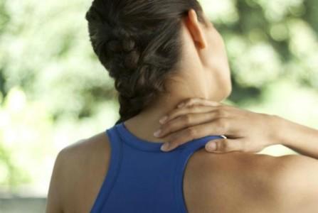 3 απλές ασκήσεις Yoga για τους πόνους στον αυχένα