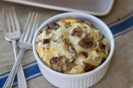 Ομελέτα σε πήλινο: Ένα διαφορετικό πρωινό!