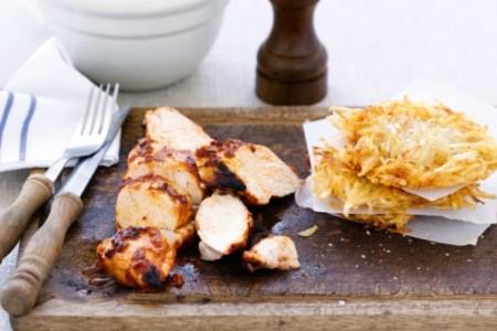 Κοτόπουλο με κέικ πατάτας: Μια συνταγή με 4 μόνο υλικά!
