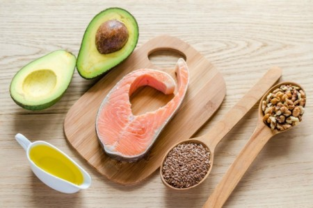 Γιατί τρώγοντας περισσότερα λιπαρά μπορείς να χάσεις βάρος;