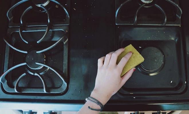 Τα 6 μυστικά των ανθρώπων που έχουν πάντα καθαρά σπίτια!