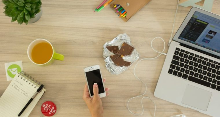 Αυτοί είναι οι λόγοι που πεινάς συνέχεια στο γραφείο!