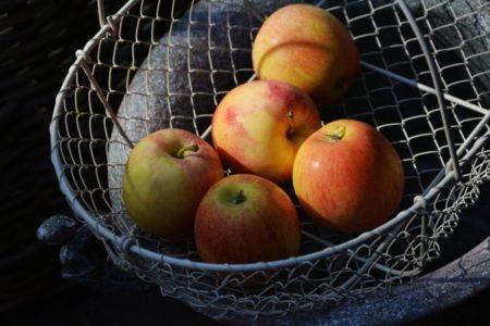 Φάε μήλο καθημερινά και θα δεις τι (δεν) θα πάθεις!