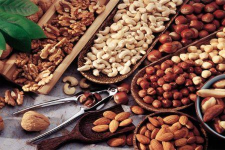 Πόσους ξηρούς καρπούς πρέπει να τρως την ημέρα;