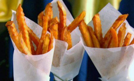 Οι τηγανιτές πατάτες που πρέπει να φτιάξεις απόψε (και είναι σούπερ υγιεινές)!