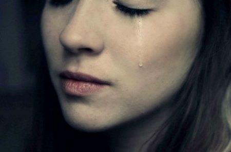 3+1 λόγοι που ξεσπάς σε ανεξήγητα κλάματα!