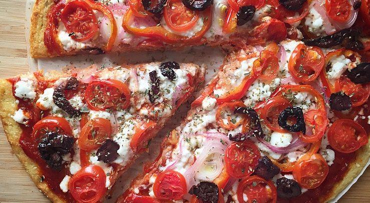 Η πιο νόστιμη ζύμη πίτσας είναι από κουνουπίδι