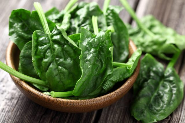 spinach-in-a-bowl